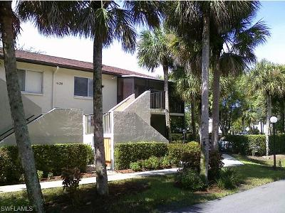 Naples Condo/Townhouse For Sale: 4120 Looking Glass Ln #2