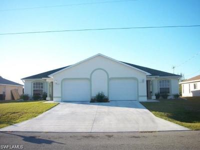 Cape Coral Multi Family Home For Sale: 618 SE 13th Ter