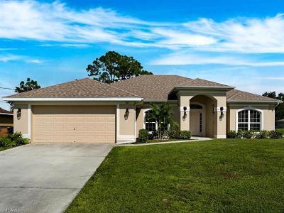 Lehigh Acres Single Family Home For Sale: 822 Anson Ave