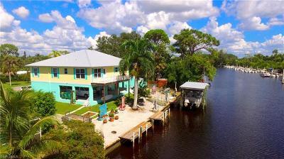Naples, Bonita Springs Single Family Home For Sale: 1940 Harbor Ln