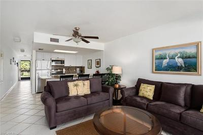 Naples Condo/Townhouse For Sale: 260 Southbay Dr #108