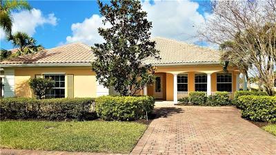 Bonita Springs Single Family Home For Sale: 28909 Zamora Ct