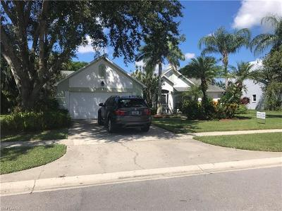 Naples, Bonita Springs Single Family Home For Sale: 139 Plantation Cir N