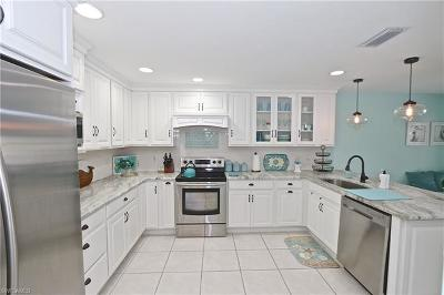 Bonita Springs Single Family Home For Sale: 28421 Highgate Dr