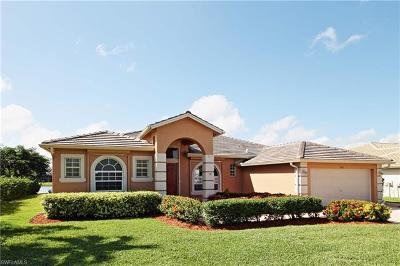 Naples Single Family Home For Sale: 1068 Port Orange Way