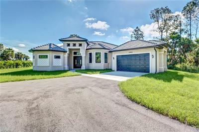 Collier County, Lee County Single Family Home For Sale: 1992 Wilson Blvd N