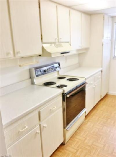 Naples Condo/Townhouse Pending With Contingencies: 4900 Biscayne Dr #22