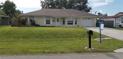 Naples Single Family Home For Sale: 2833 49th Ln SW