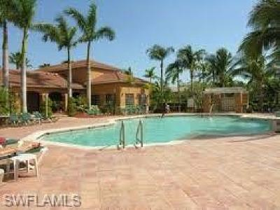 Naples Condo/Townhouse For Sale: 1260 Wildwood Lakes Blvd #102