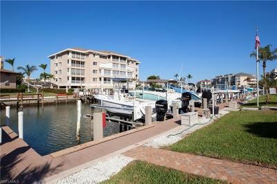 Marco Island Condo/Townhouse For Sale: 920 Collier Ct #B1