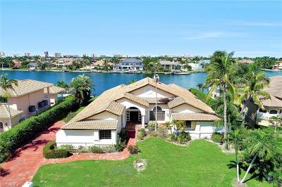Marco Island Single Family Home For Sale: 840 W Copeland Dr