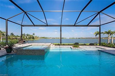 Naples Single Family Home For Sale: 14827 Dockside Ln