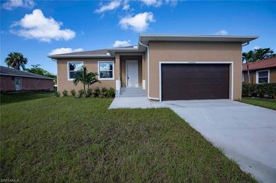 Bonita Springs Single Family Home For Sale: 26820 N Riverside Dr