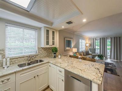 Naples Condo/Townhouse For Sale: 5 High Point Cir W #113