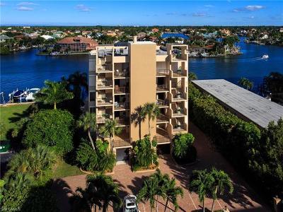 Condo/Townhouse For Sale: 10562 Gulf Shore Dr #202