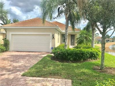 Naples Single Family Home For Sale: 8764 Querce Ct