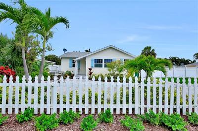 Naples Park Single Family Home For Sale: 763 94th Ave N