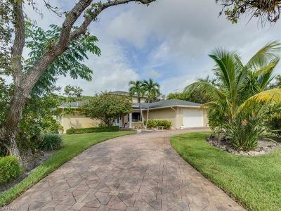 Naples Single Family Home For Sale: 2599 13th St N