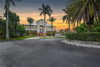 Fort Myers Single Family Home For Sale: 11490 Isle Of Palms Dr