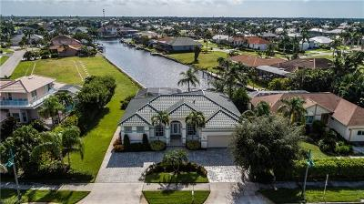 Marco Island Single Family Home For Sale: 485 N Collier Blvd