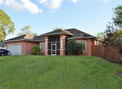 Lehigh Acres Single Family Home For Sale: 308 Harrison Dr