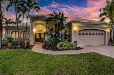 Fort Myers Single Family Home For Sale: 14940 Laguna Dr