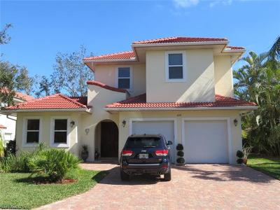 Naples Single Family Home For Sale: 4778 Europa Dr