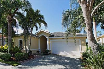Naples Single Family Home For Sale: 14525 Sterling Oaks Dr