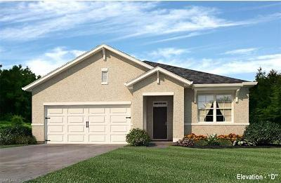 Lee County Single Family Home For Sale: 504 NW 24th Pl