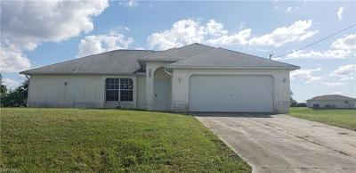 Lee County Single Family Home For Sale: 1304 NE 23rd Ter