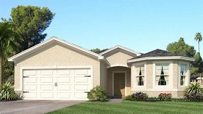 Lehigh Acres Single Family Home For Sale: 10549 Canal Brook Ln