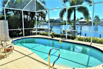 Naples Condo/Townhouse For Sale: 306 Stella Maris Dr S
