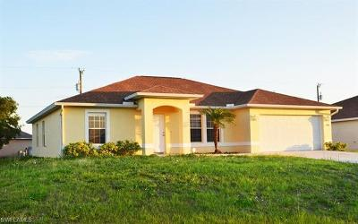 Lee County Single Family Home For Sale: 1946 NE 15th Ter