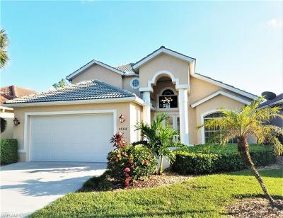Bonita Springs Single Family Home For Sale: 28416 Hidden Lake Dr