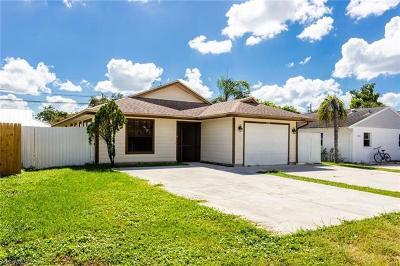 Bonita Springs Single Family Home For Sale: 11670 Chapman Ave