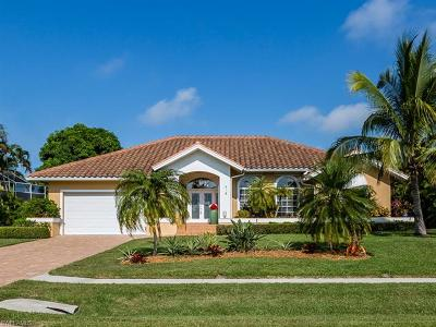 Marco Island Single Family Home For Sale: 918 S Joy Cir