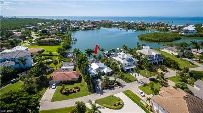 Bonita Springs Single Family Home For Sale: 26791 McLaughlin Blvd