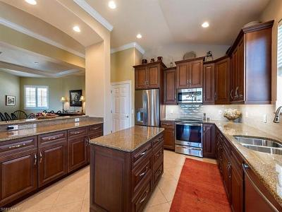 Bonita Springs Condo/Townhouse For Sale: 28633 San Lucas Ln #201