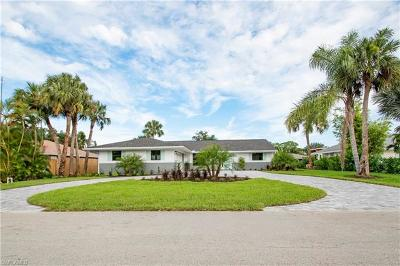 Naples Single Family Home For Sale: 2475 Clipper Way
