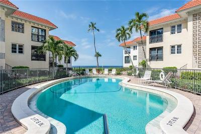 Naples Condo/Townhouse For Sale: 3333 Gulf Shore Blvd N #103