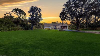 Golden Gate Estates Single Family Home For Sale: 660 29th St SW