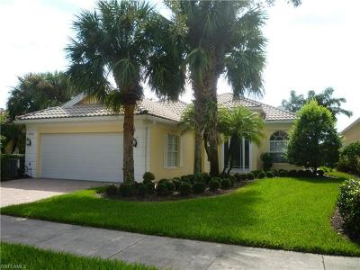 Naples Single Family Home For Sale: 3816 Valentia Way
