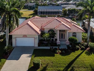 Marco Island Single Family Home For Sale: 31 Primrose Ct