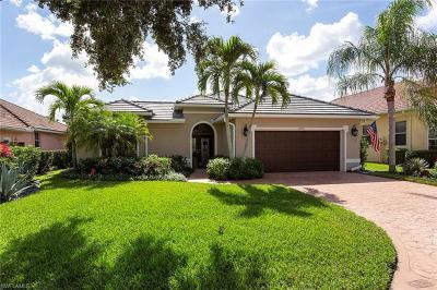 Naples Single Family Home For Sale: 4232 Hampton Ln