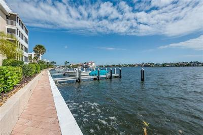 Condo/Townhouse Pending With Contingencies: 3450 Gulf Shore Blvd N #314