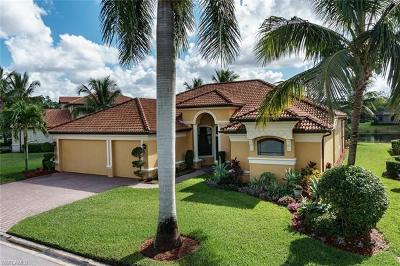 Fort Myers Single Family Home For Sale: 11269 Bluff Oak Ln