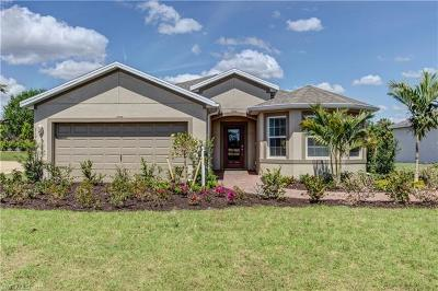 Cape Coral Single Family Home For Sale: 3440 Cancun Ct