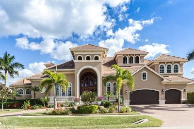 Marco Island Single Family Home For Sale: 504 Tigertail Ct