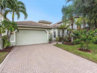 Lee County, Charlotte County, Collier County Single Family Home For Sale: 8335 Laurel Lakes Blvd