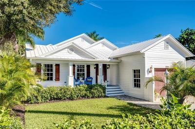 Naples Single Family Home For Sale: 860 13th St N